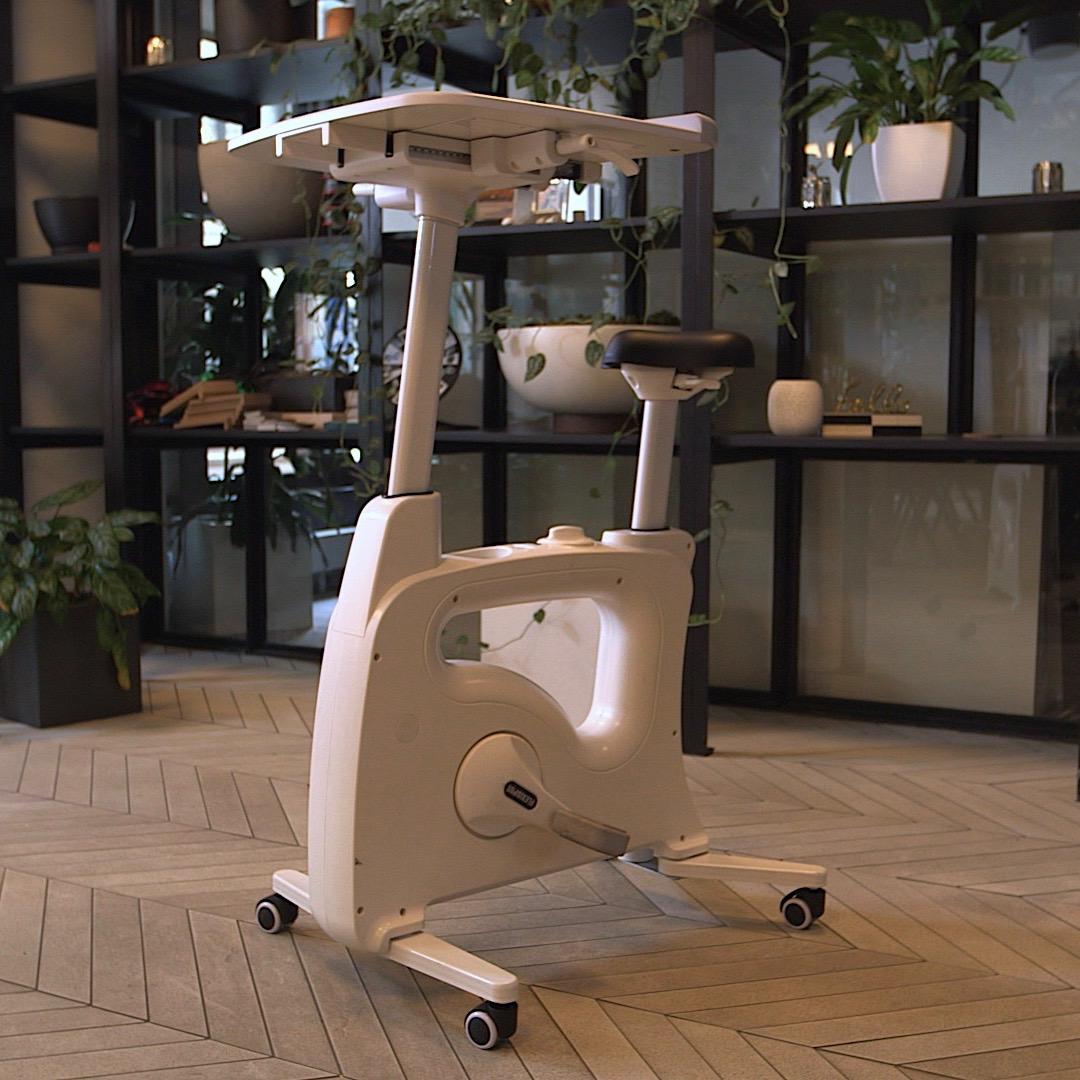 v lo bureau bouger en travaillant les mobiliers actifs pour les entreprises. Black Bedroom Furniture Sets. Home Design Ideas
